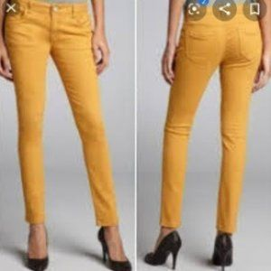 Romeo & Juliet Couture mustard skinny jeans